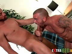 Big cock hunks blow everlastingly other passionately